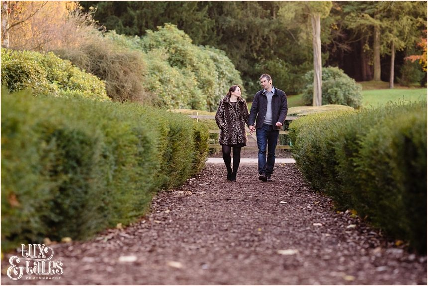 Autumn engagement session girl in leopard print coat