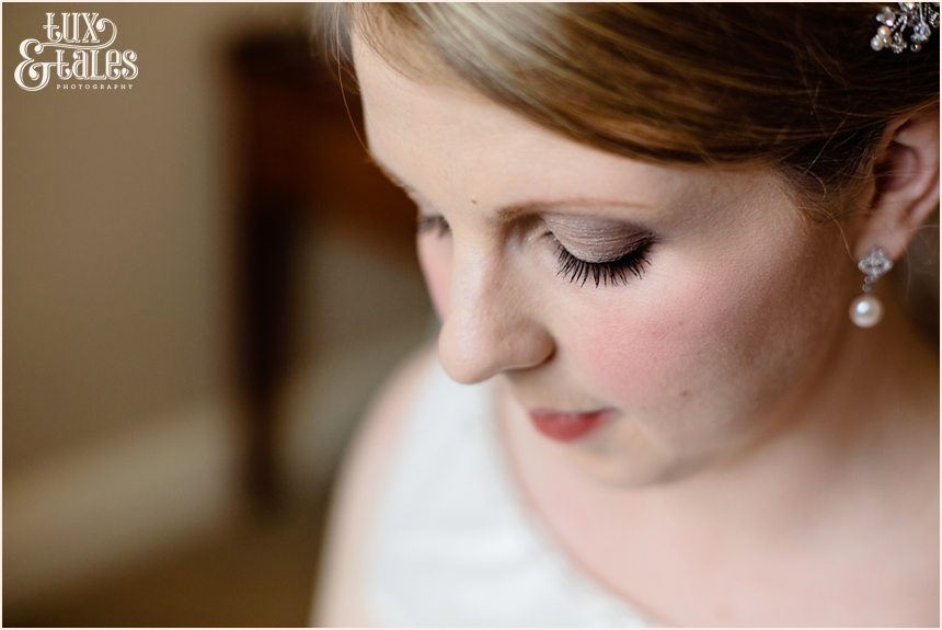 Beautiful bride at cedar court grand hotel