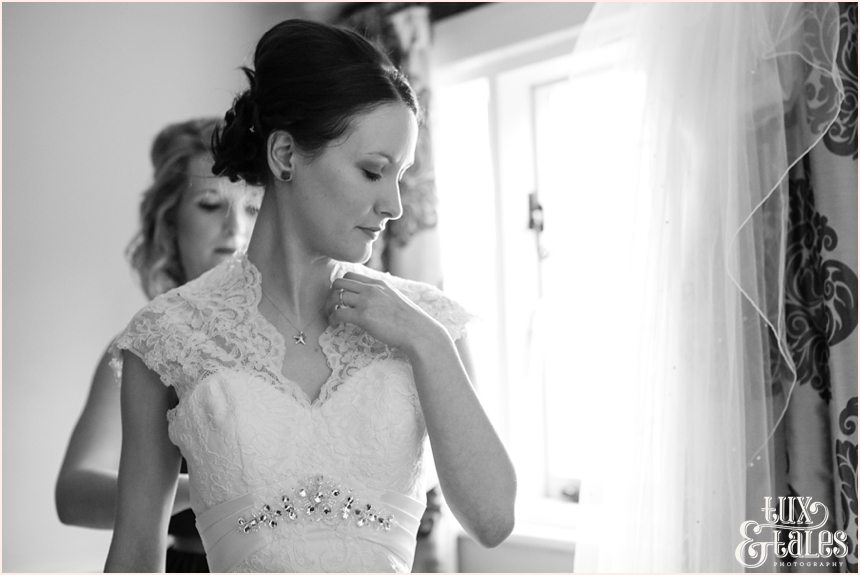 Yorkshire wedding photographs at The Black Swan
