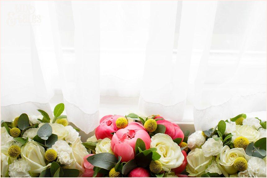 York wedding photgorapher bouquets in window old swan hotel