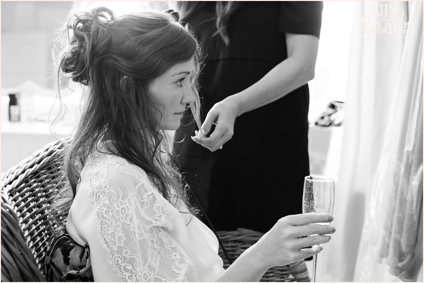 Woodlands B&B bride preparation wedding photography
