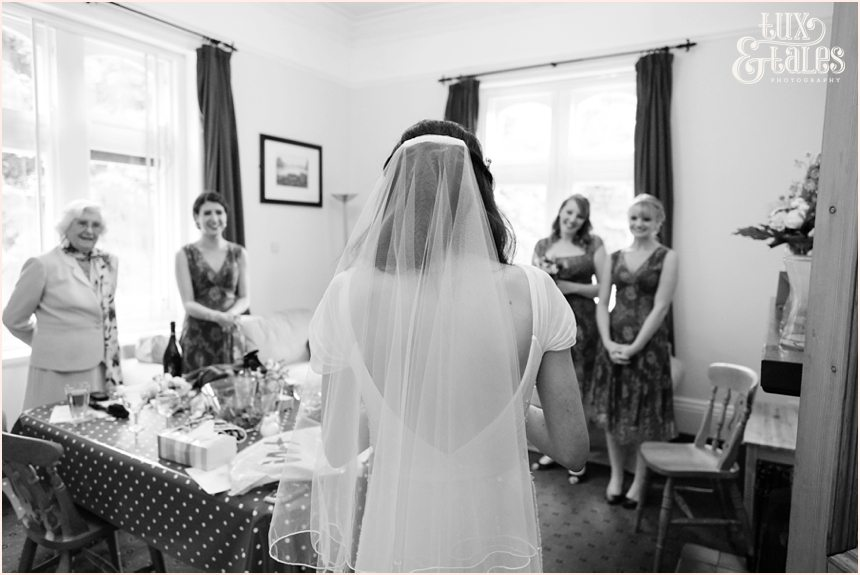 Hargate Hall Wedding Photography | Relaxed & Fun Documentary Photographer_4490
