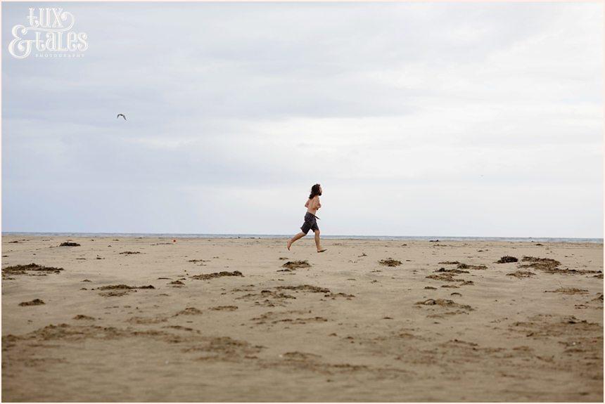 Santa Cruz Photography - Man running on beach