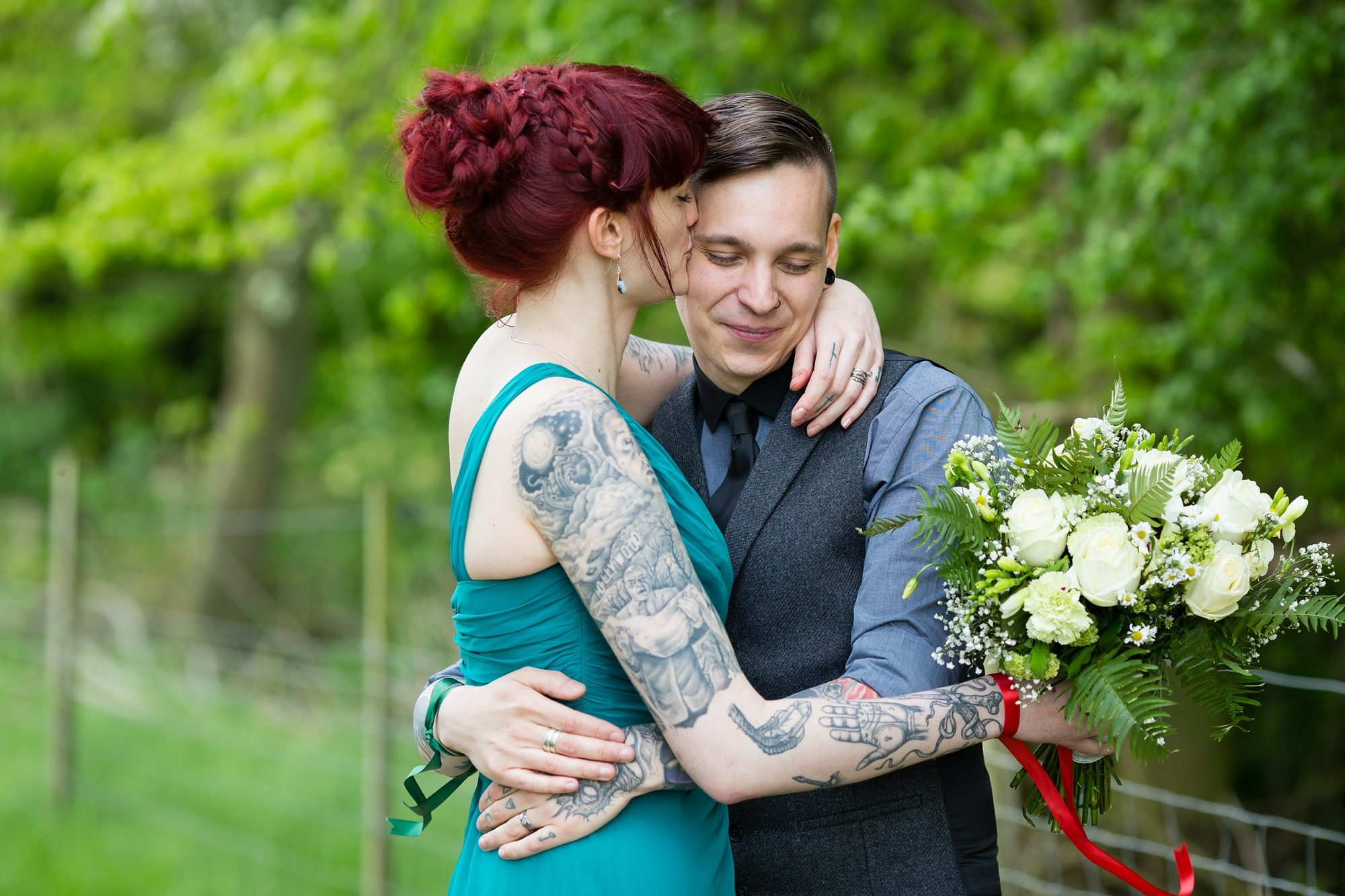 Tattoo Tips For Your Wedding Couple Kissing Bouquet