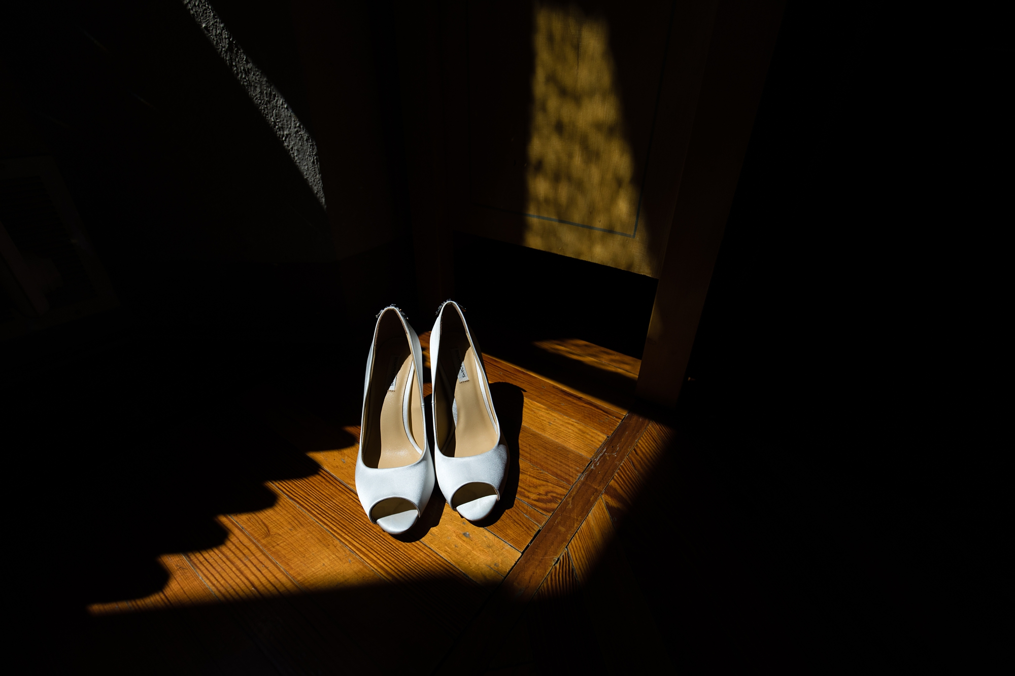Villa Catignano Siena Wedding Photography wedding shoes in shadow