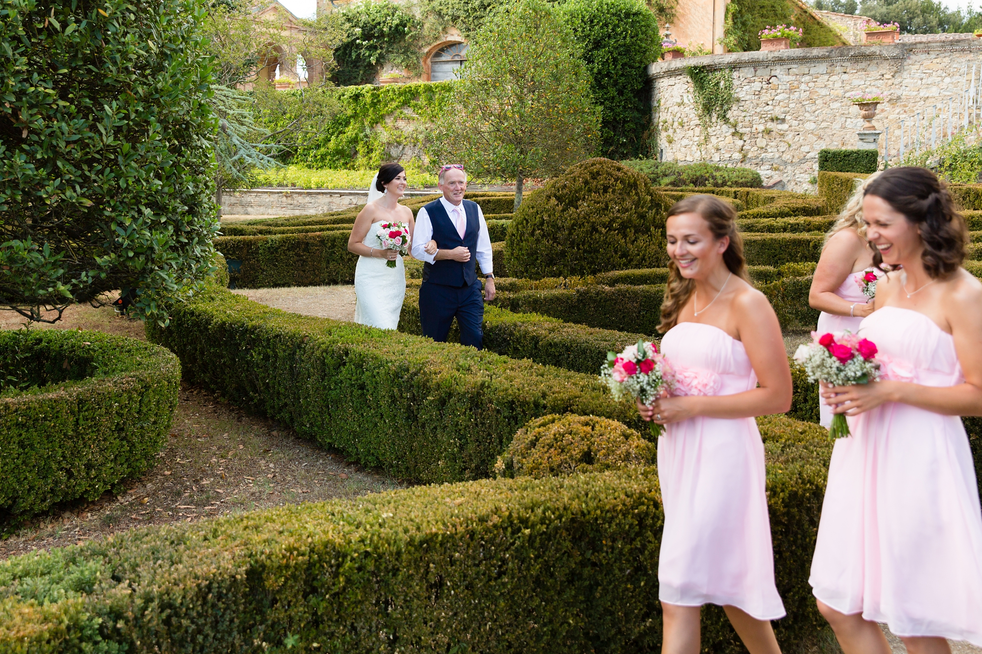 Villa Catignano Siena Wedding Photography walking through hedge maze