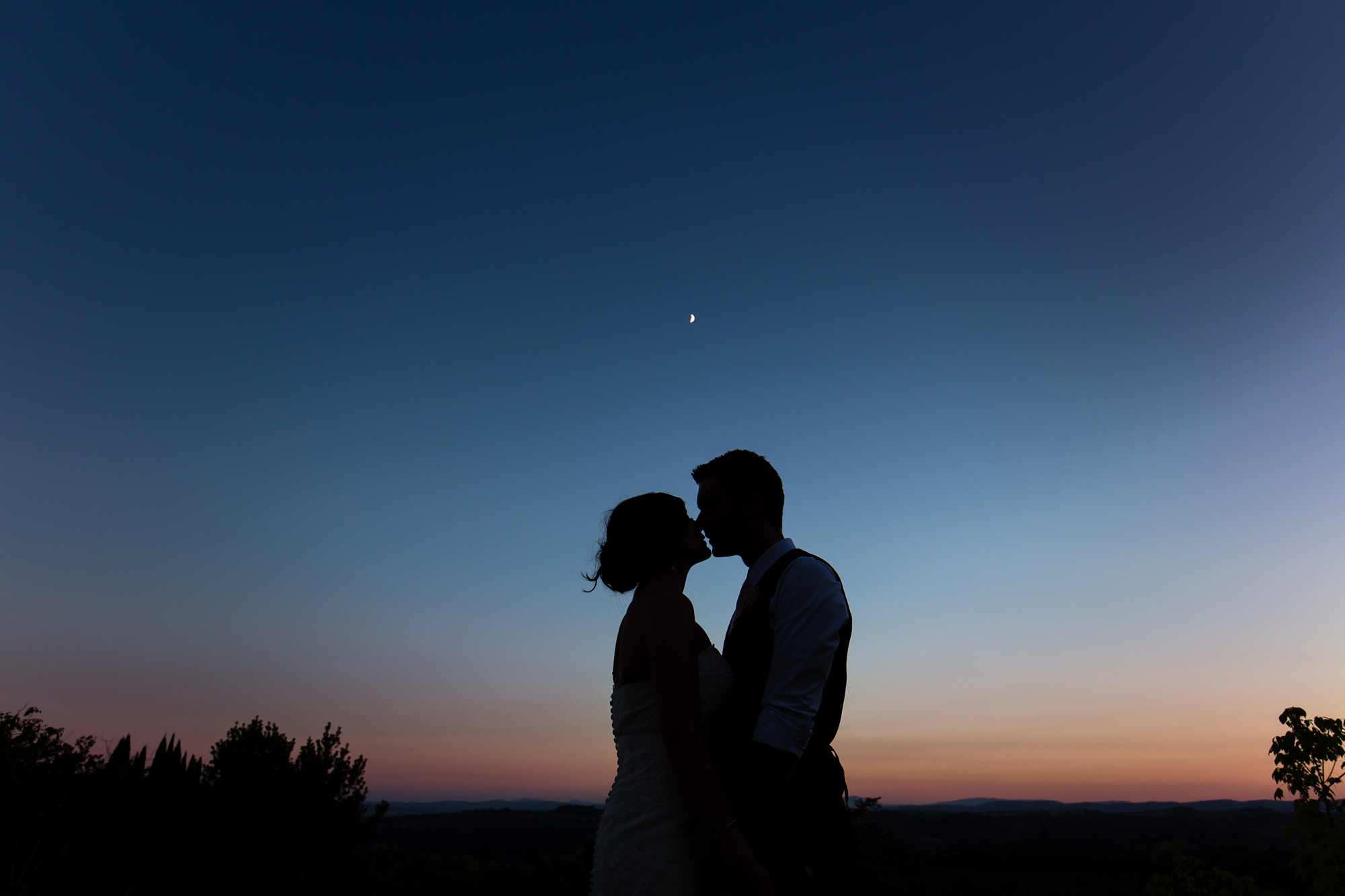 Villa Catignano Siena Wedding Photography sunset with moon in background