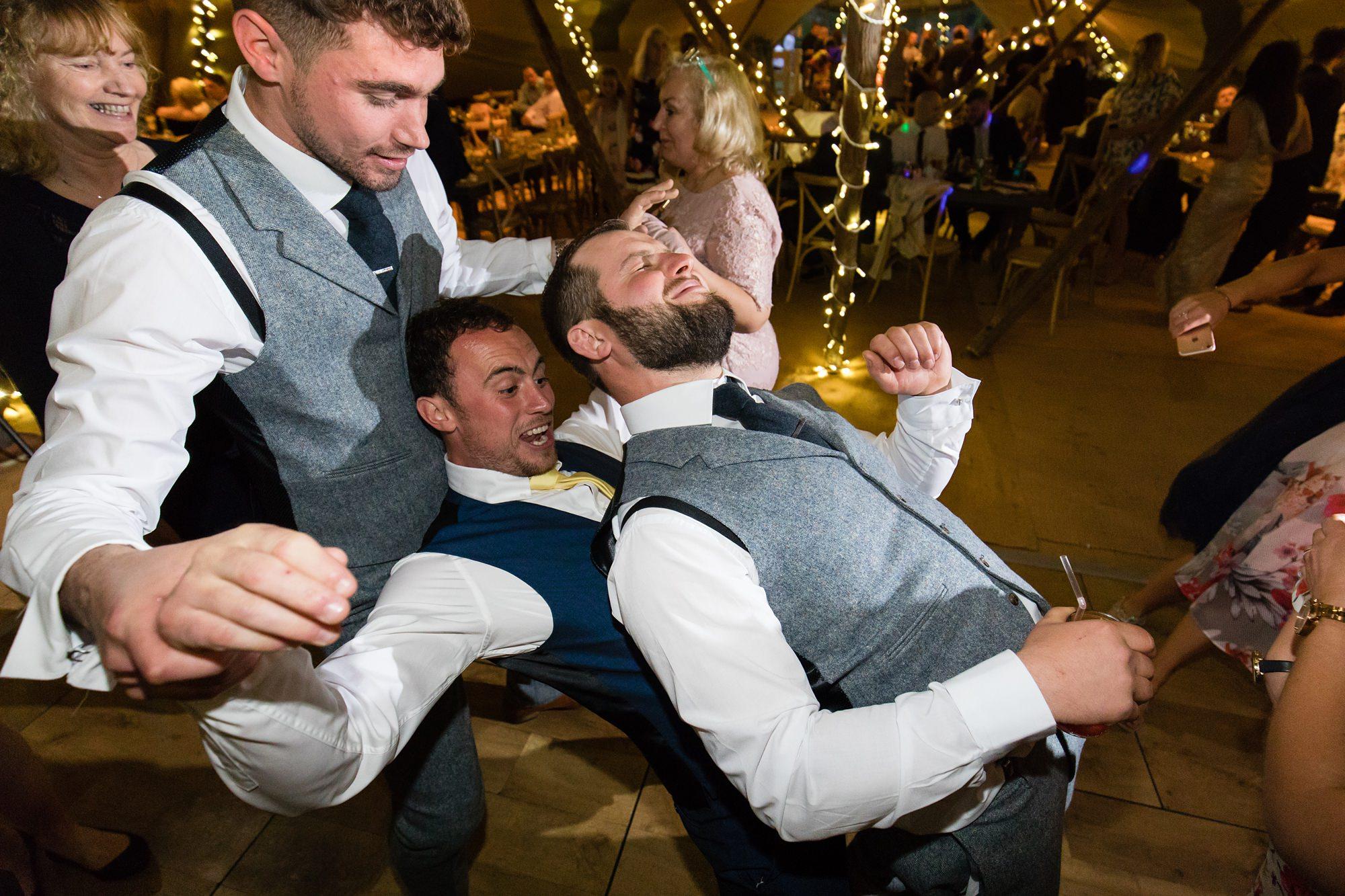 Villa farm wedding photography guests dancing